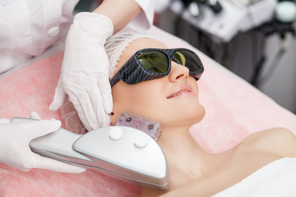 How Does V Beam Laser Improve Your Skin?