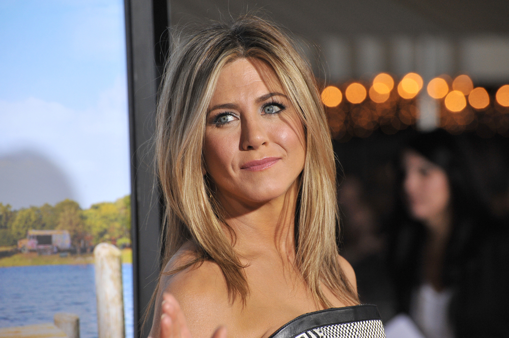 Why Celebrities Like Jennifer Aniston Love Ultherapy